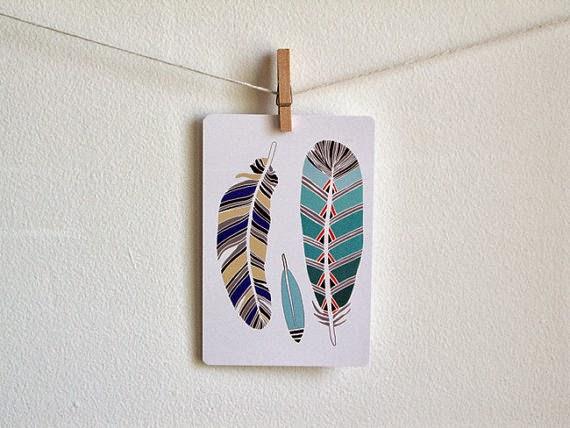 pocztówka z piórami