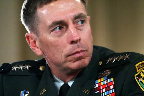 Ex-diretor da CIA David Petraeus foi condenado!