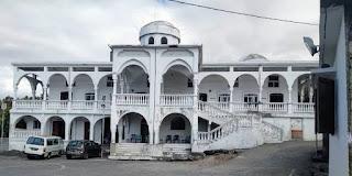 Les opposants d'Azali ont déserté les lieux