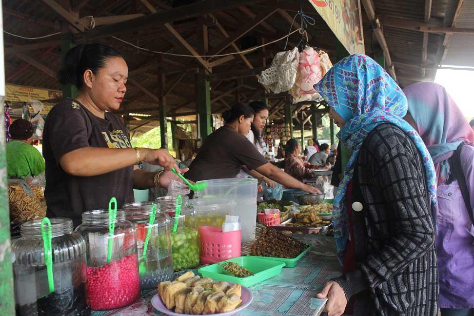 Pasar Sore Karangrandu - Tempat Kuliner khas Jepara