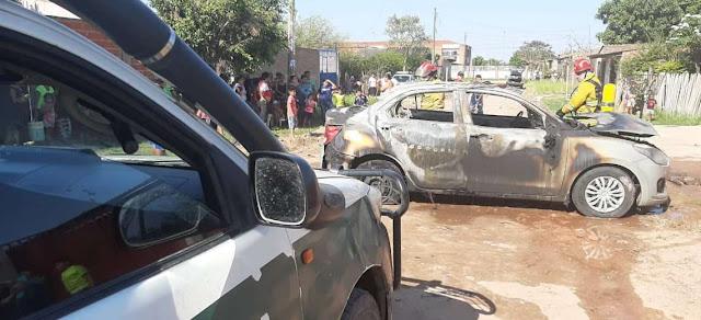 Santa Cruz: Celoso le prendió fuego al auto de su esposa