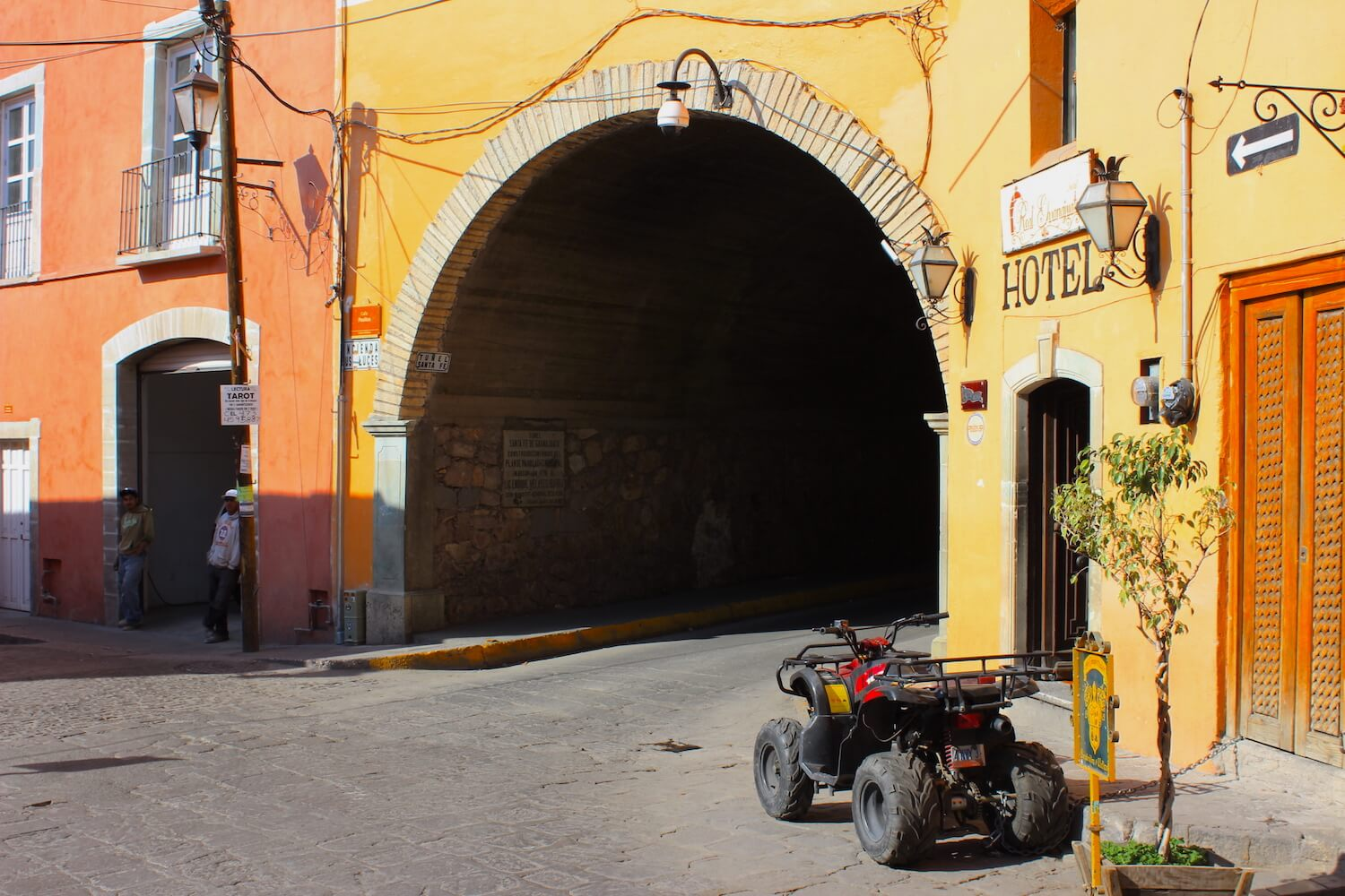 guanajuato tunnels that are under the city