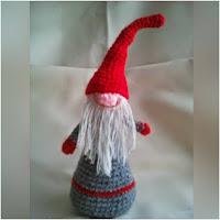 http://amigurumislandia.blogspot.com.ar/2018/12/amigurumi-duende-navideno-canal-crochet.html