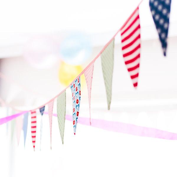 Selbstgenähnte Wimpelkette zum Geburtstag
