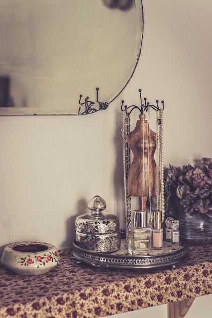 Silver tray gives dressing table focal point