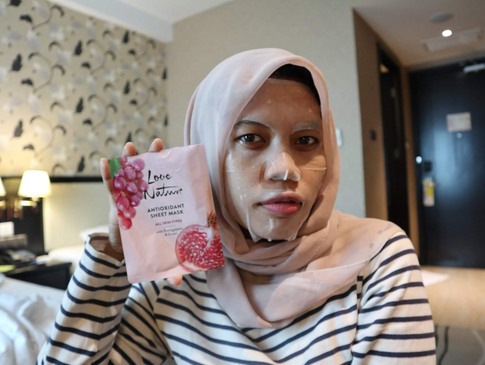 Review Masker Oriflame Love Nature Sheet Mask