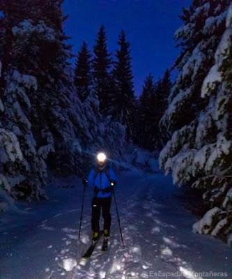 Primer tramo de aproximación al Corredor Vermicelle en esquís.