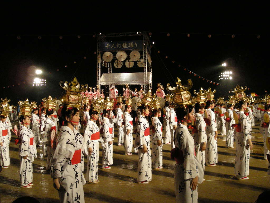 熊本県山鹿市 山鹿灯籠祭りに初めていってきました。 | IT ...