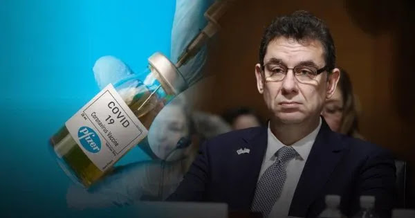 Μπουρλά: «Θα εμβολιάζεστε μια φορά το χρόνο - Θα ακολουθήσει και τρίτη δόση μετά από 8 έως 12 μήνες»