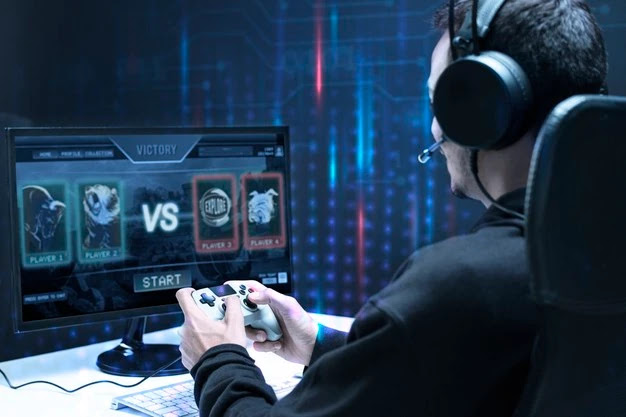 How to Earn Money By Playing Games as a Professional Gamer