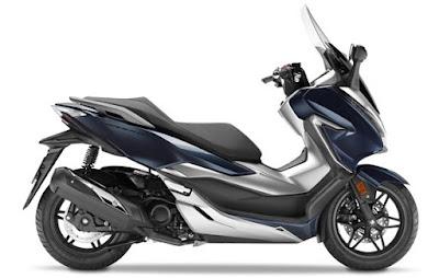 Honda Forza 300 2018 atau Forza 250 samping