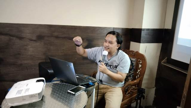 Peserta RBS Dibekali Teknik Edit Audio Podcast