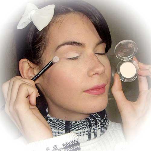 Maquillaje parpados caidos monika sanchez
