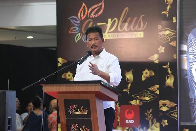 Hadiri A-Plus Batik Kepri Met Gala, Rudi Dorong Batik Batam dan Kepri Terus Berkembang