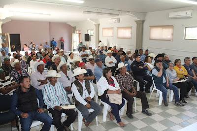 Ayuntamiento se reúne con representantes cuaresmales y autoridades tradicionales de Huatabampo