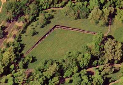 Foto de satélite - Matéria The Wall - BLOG LUGARES DE MEMÓRIA