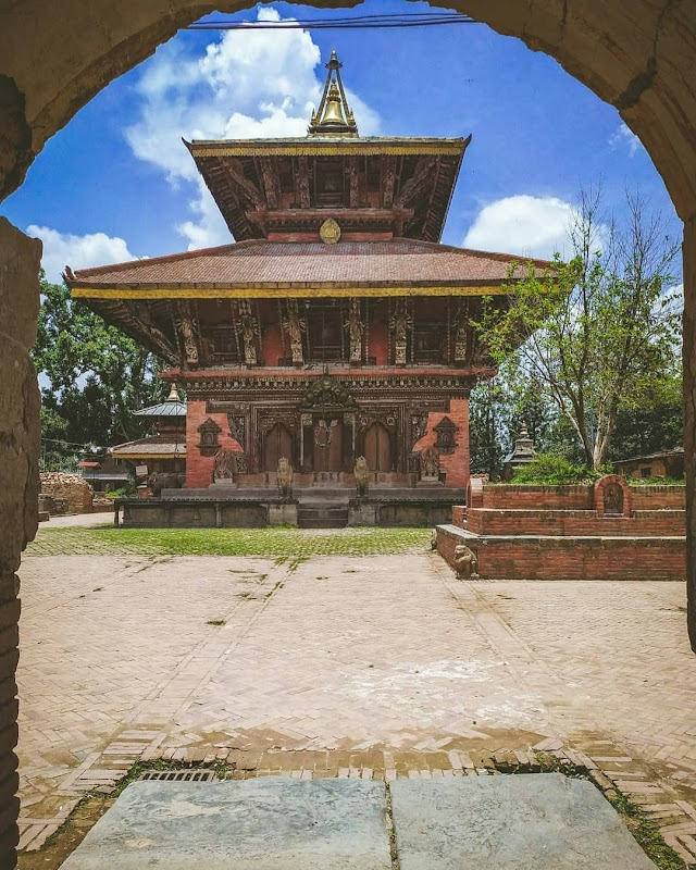 चंगु नारायण मंदिर 1600 साल पुराना विष्णु मंदिर, नेपाल   1600 years Old Changu Narayan Vishnu Temple, Nepal
