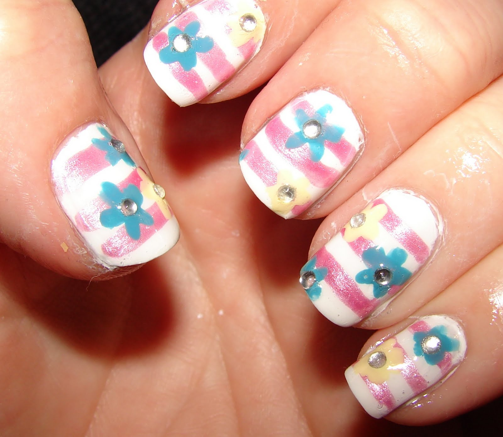 26 Impossible Japanese Nail Art Designs