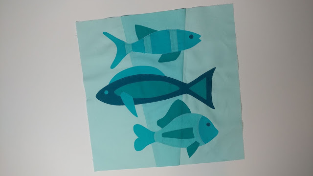 Monochromatic fish quilt block
