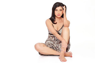 My father has taught us to Be Bold, Be Strong and Be Positive always, Says Actress Jyoti Saxena exclaims on dealing with Mental Health post Fathers death media kesari entertainment news