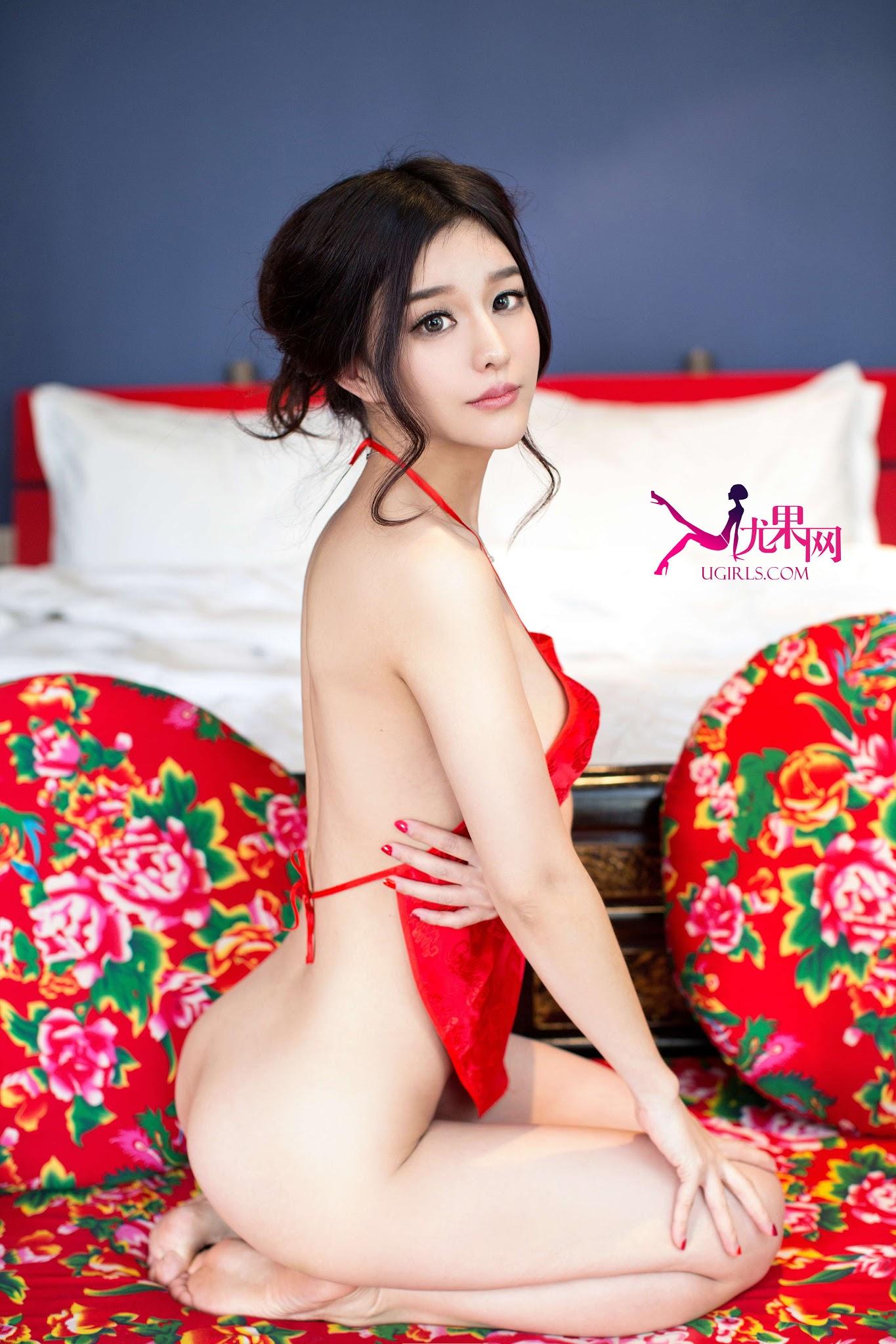 Do u like big saggy tits - 2 1