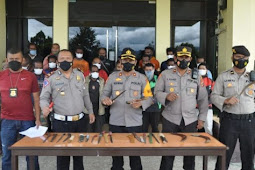 Aparat Gabungan Amankan 22 Orang dan 21 Alat Tajam Saat Gelar Razia di Wamena