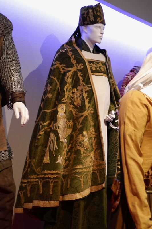 Outlaw King Bishop of St Andrews costume