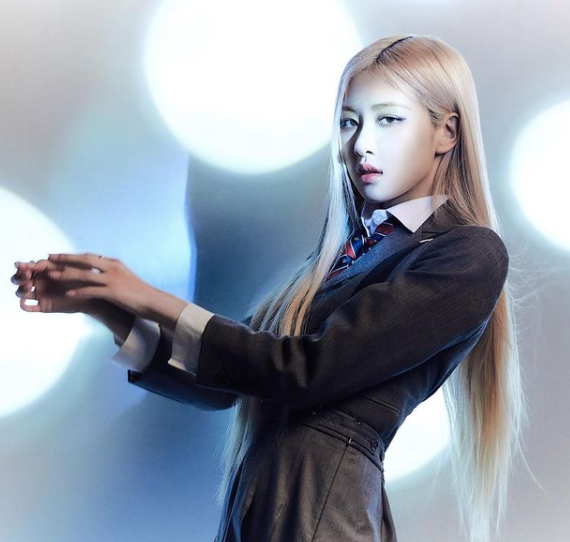 BLACKPINK Rosé reportedly planning to shoot a music video for her solo song in mid-January next year, Knetz gets more than excited!