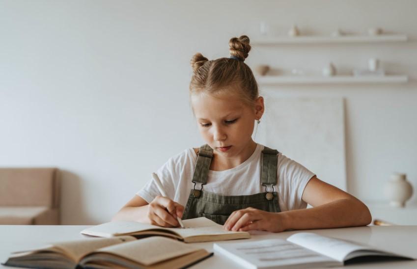 Download Contoh Laporan Bdr Belajar Dari Rumah Untuk Sekolah Info Operator