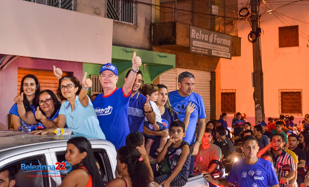 Belezinha, do PL 22, é eleita prefeita de Chapadinha,  Veja as fotos da carreata da vitória.