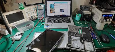 Service ganti layar led macbook pro 2012