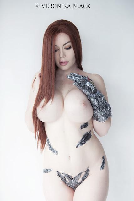 Veronika Black full naked boobs