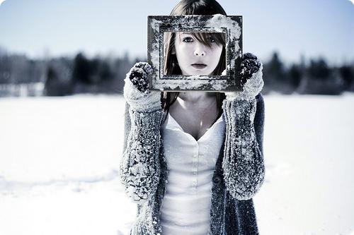 Resultado de imagem para mulher cheia de frio