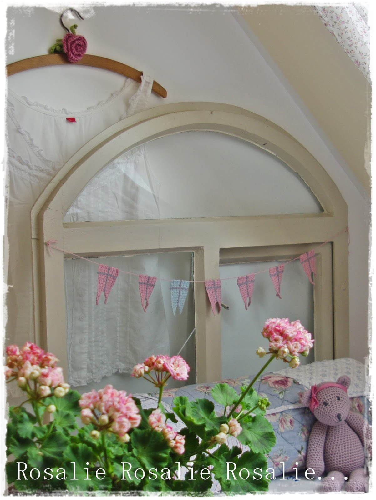 rosalies tr ume ein wenig nordlicht unterm dach. Black Bedroom Furniture Sets. Home Design Ideas