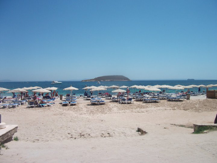 cheap-beach-holidays