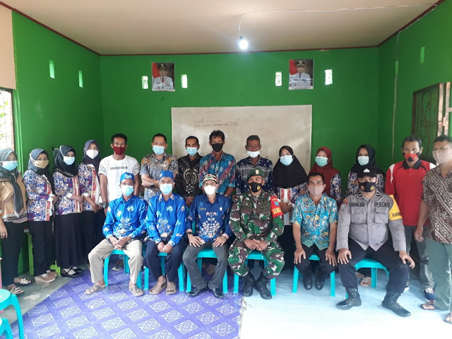 Cegah Penyebaran Covid-19 Di Desa Pulau Telo Baru, Pemerintah Kecamatan Selat Gelar Rapat Konsolidasi