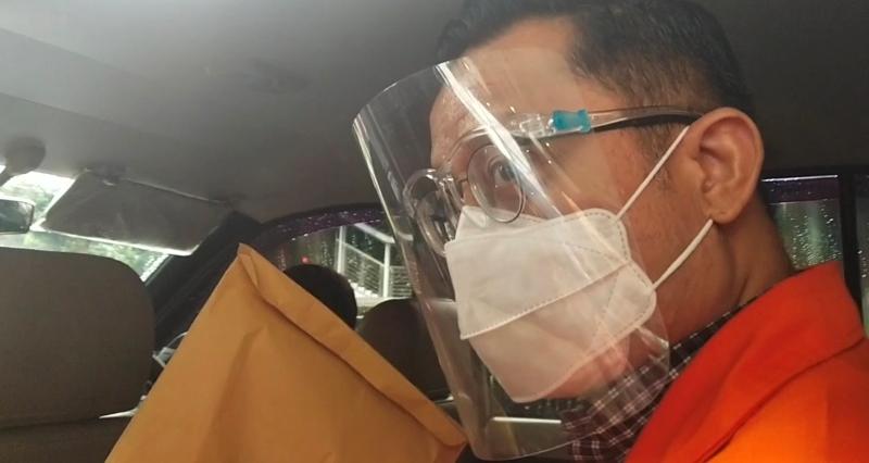 Ditanya Keterlibatan Ihsan Yunus PDIP di Kasus Korupsi Bansos, Juliari Batubara Malah 'Ngegas' Minta Petugas Tutup Pintu Mobil