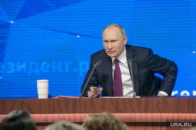 Командир президентського літака розповів про харчування Путіна