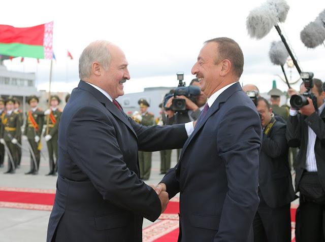 Bielorrusia suministrará sistemas de cohetes a Azerbaiyán