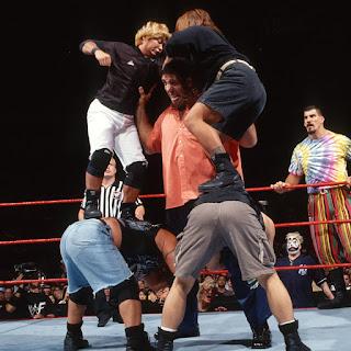 El gigante Silva en un combate de la WWE