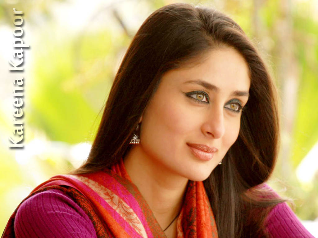 Kareena Kapoor Hot  Sexy Bikini 1080P Hd Wallpaper And