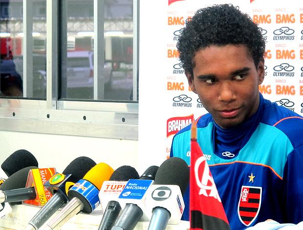 Luiz Antônio elogia Jorginho e admite jogar como lateral no Flamengo