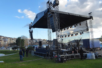 Όλα έτοιμα για την επίσημη τελετή έναρξης του Χριστουγεννιάτικου Πάρκου Δήμου Καστοριάς με τη συναυλία του Χατζηγιάννη