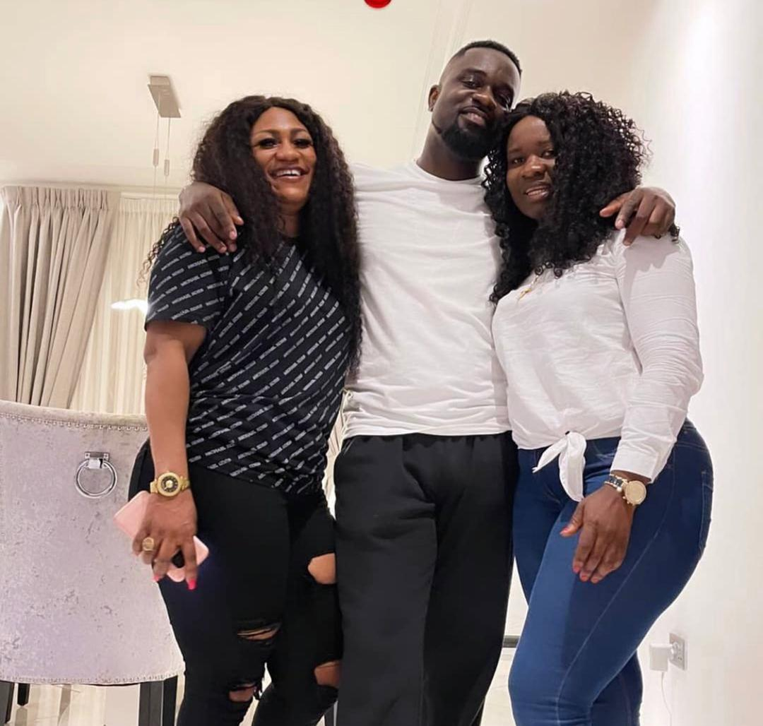 First photos of Sarkodie's two ripe sisters