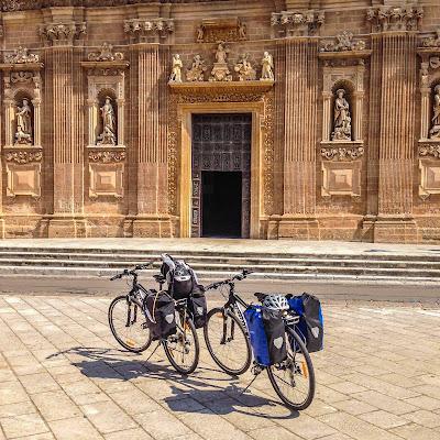 cycling salento apulia italy puglia full carbon road bike rental lecce
