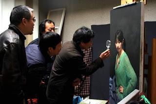 Seorang pelukis dari china telah menghasilkan lukisan potret paling detail dan sempurna didunia