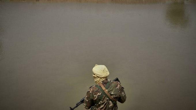 Mueren cinco soldados malienses en una emboscada yihadista en el centro de Malí.