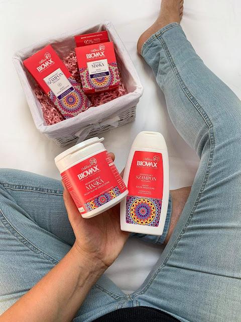 Regenerujący szampon micelarny i Regenerująca maska Biovax od marki L'biotica z kolekcji limitowanej z japońską wiśnią i mlekiem migdałowym.