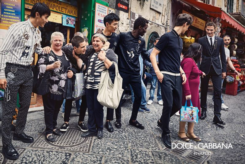 dolce-gabbana-fall-winter-2016-2017-advertisinig-campaign-in-naples