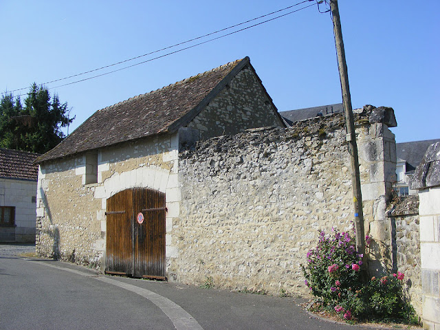 Old barn. Indre et Loire. France. Photo by Loire Valley Time Travel.